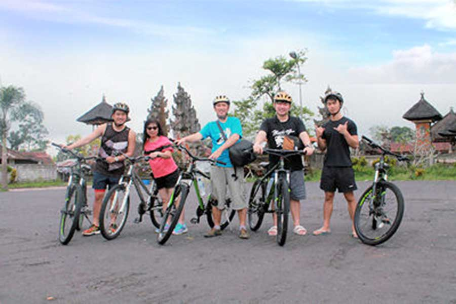 village temples, ubud village, bali moon bike